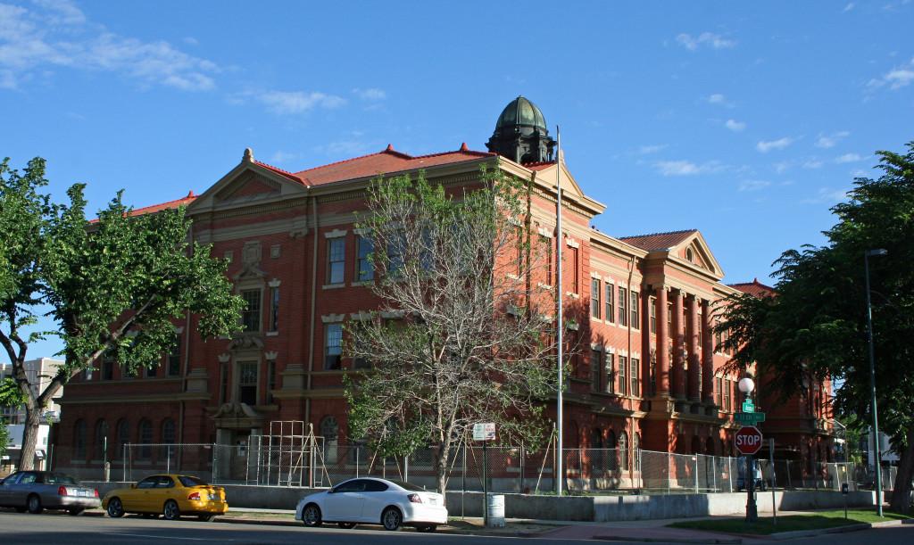 Evans_School SE Corner 1